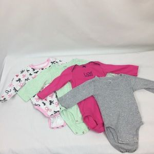 Carter's lot of 4 12month long sleeve onesie